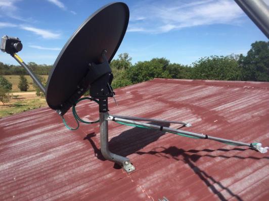 Antenna side view Drip Loop P2