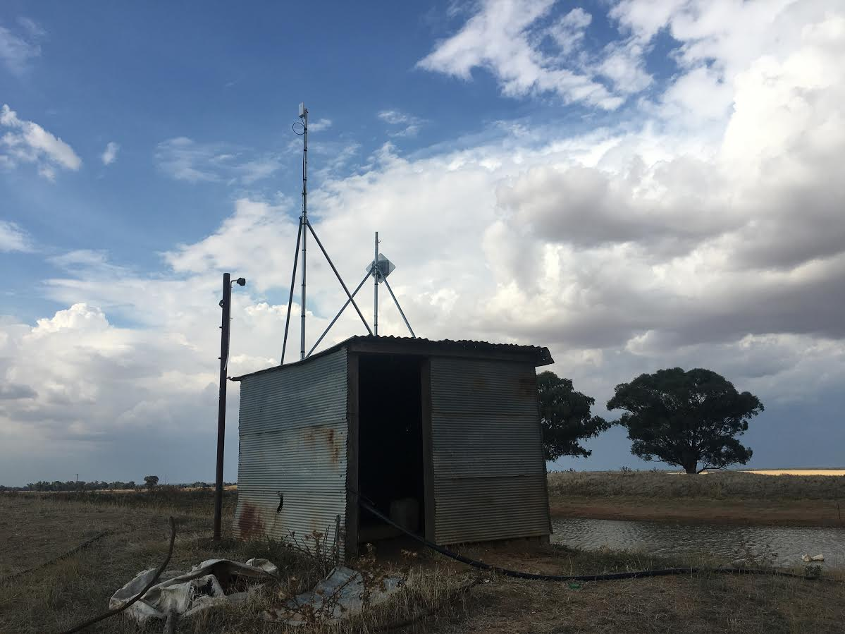 Using PtP to relay nbn Fixed Wireless from a Farm Shed